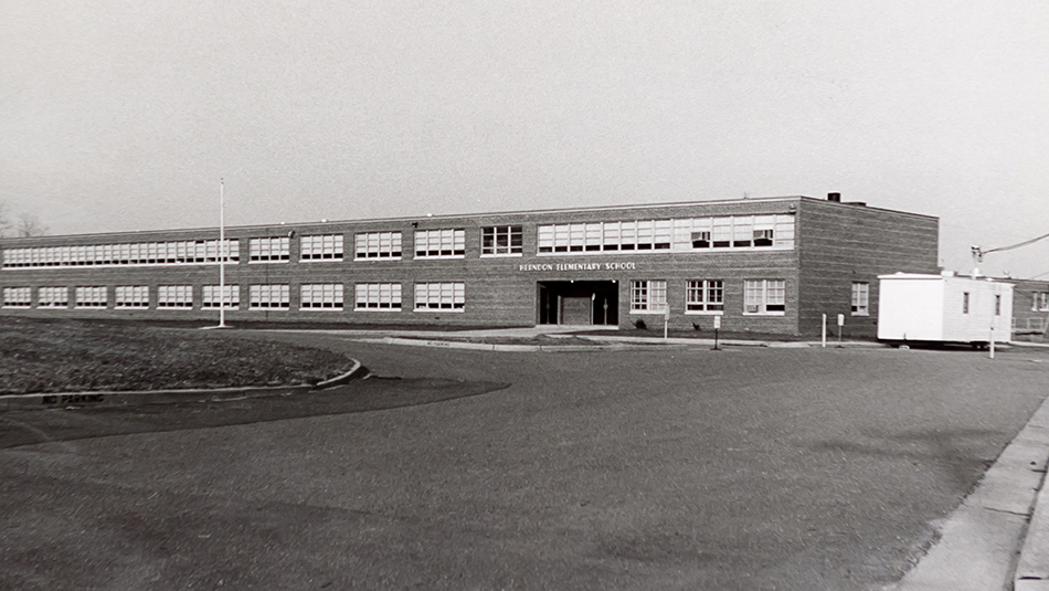 Black and white photograph of Herndon Elementary School taken in 1968.